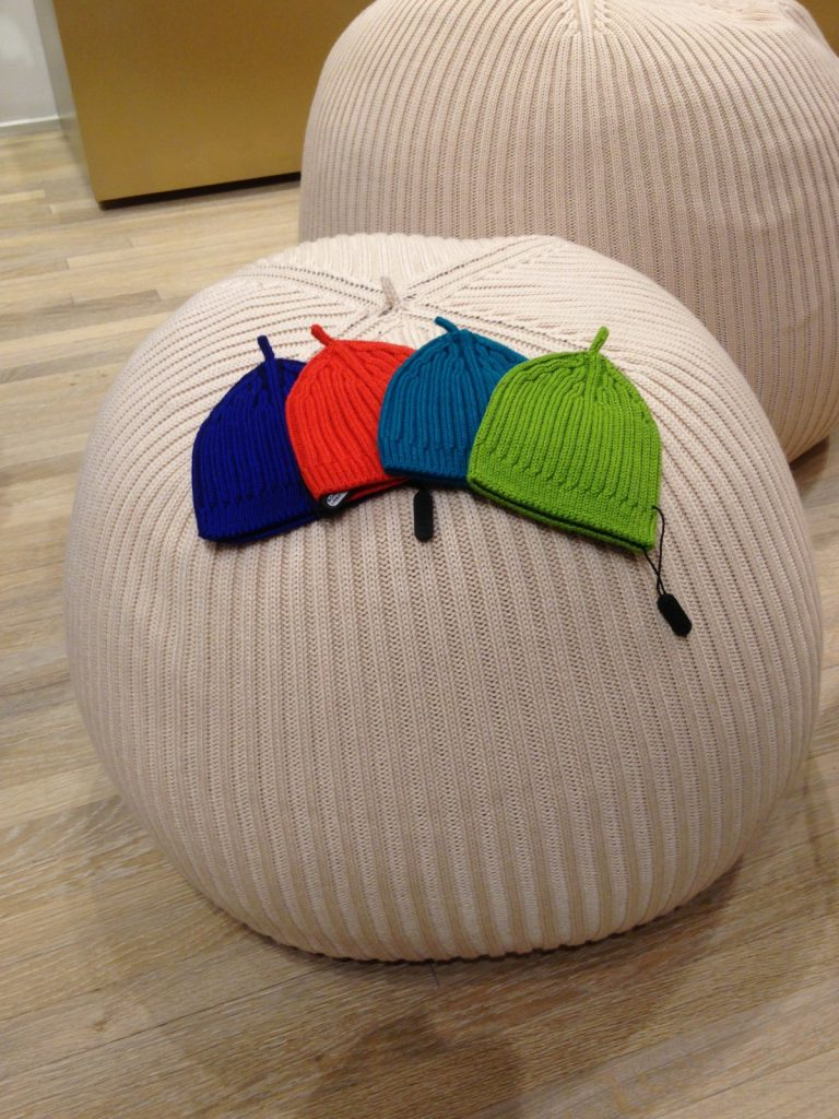 Il Pouf In Maglia Jpg Pictures to pin on Pinterest