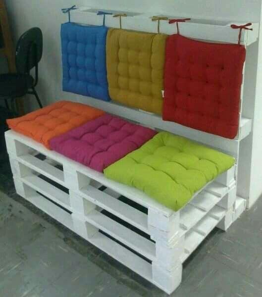 Cuscini per i divani in pallet come fare - Cuscini divano on line ...